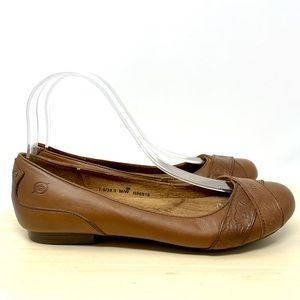 Born tooled leather detail brown flats B96816 7.5